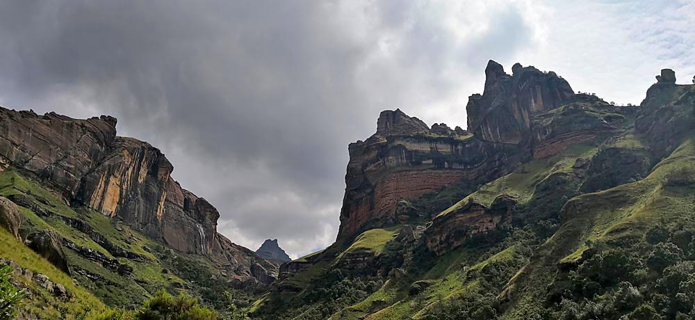What to do in South Africa Drakensberg
